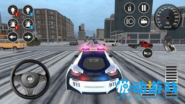 美國i8警車駕駛